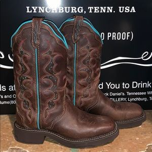 Justin boots!